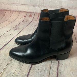 Frye Dara Chelsea Bootie in Black Size 9